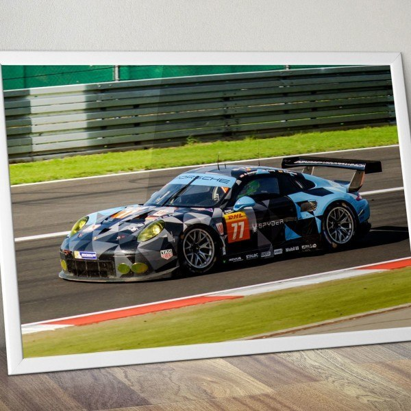 Porsche 911 RSR #77 Dempsey Proton Racing Team Nürbrugring 2015 Beispiel