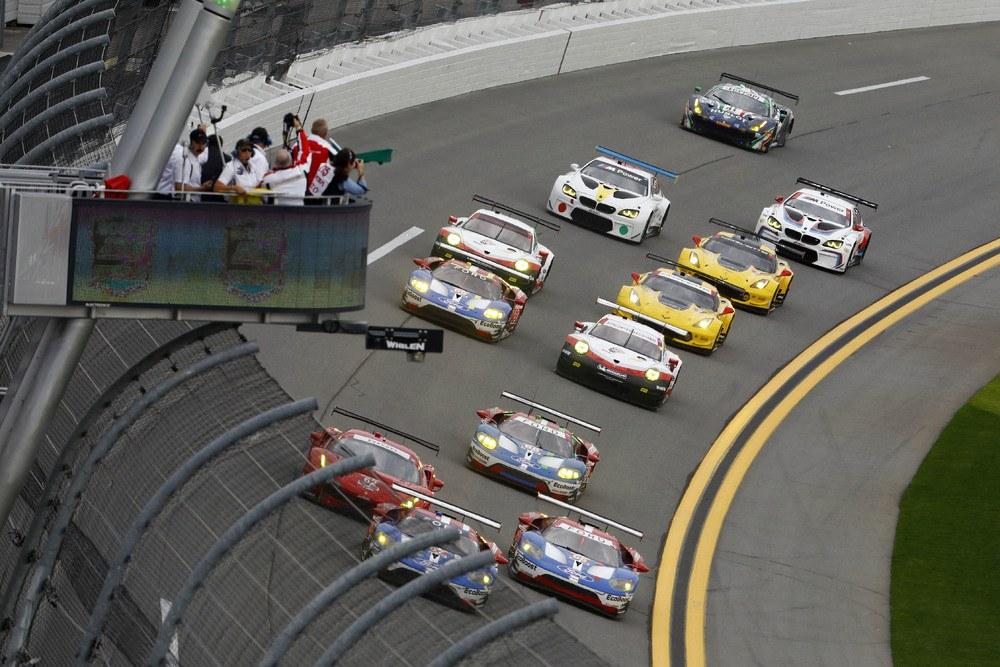 Rolex 24h Rennen von Daytona 2017 - GTLM Start