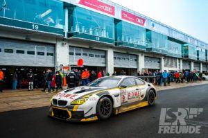 Test- & Einstellfahrten VLN 2017 - ROWE Racing BMW M6 GT3 in der Box