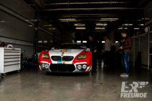 BMW M6 GT3 Schnitzer Motorsport in der Box