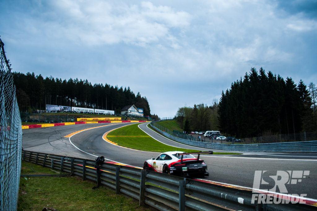 Porsche 911 RSR Eau Rouge Spa-Francorchamps