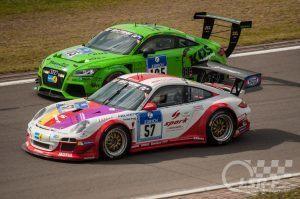 Porsche 911 GT3 Cup und Audi TT Eingang Fordkurve, ADAC Zurich 24h Rennen